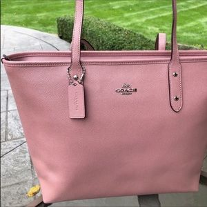 💙SALE💙NEW WITHOUT TAGS COACH TOTE